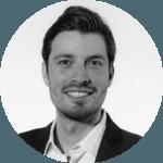 Sponeo ist schnell zur morgendlichen Pflichtlektüre geworden. Durch die aktuelle Tagesübersicht und den Rückblick über die letzten sieben Tage bekommt man als Leser einen nützlichen und breiten Überblick.PHILIPP GRABOLLEBusiness Development & Brand Strategy- FC Schalke 04 -